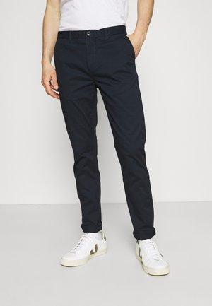 STUART CLASSIC - Pantalones chinos - navy