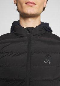 Gym King - CORE GILET - Vest - black - 3