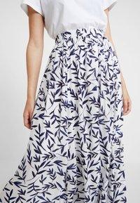 Selected Femme - SLFBREE ANKLE SKIRT - Maxi skirt - snow white - 4