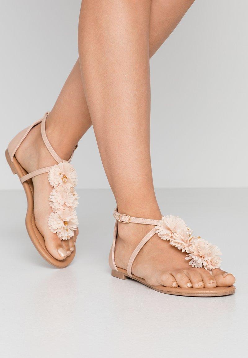 Dorothy Perkins - FLEURS  - Sandalias de dedo - nude