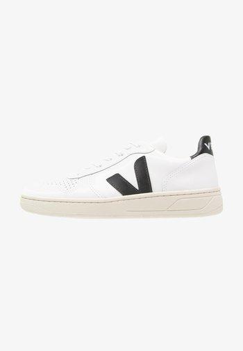 V-10 - Trainers - extra white/black