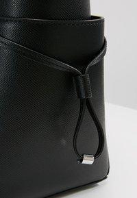 MICHAEL Michael Kors - VOYAGER - Tote bag - black - 5