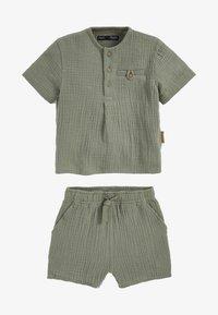 Next - SET - Shorts - khaki - 0