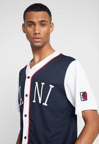 Karl Kani - COLLEGE BASEBALL SHIRT - Shirt - navy/white/red - 3
