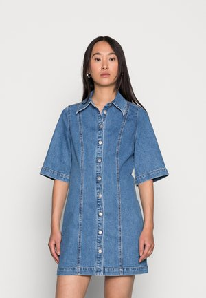 NICA DRESS - Denim dress - sky blue washed