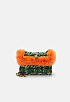 MINI KENSINGTON X - Across body bag - green
