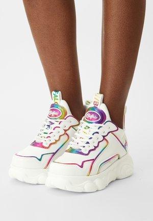 VEGAN CHAI - Sneakers basse - white rainbow