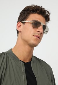 Versace - Sonnenbrille - gold-coloured - 1