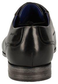 Bugatti - Zapatos con cordones - schwarz - 3