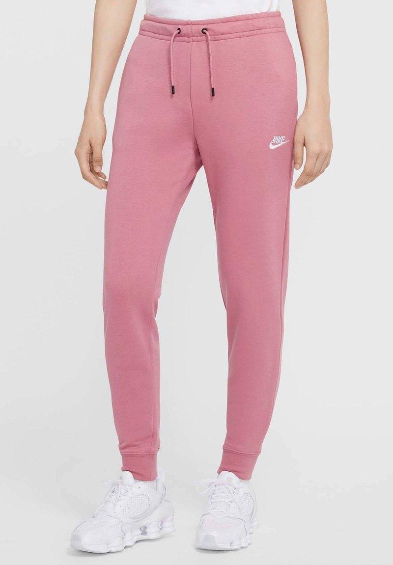 Nike Sportswear - Pantalones deportivos - beere