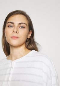 GAP - SUM TOWEL TERRY HENLEY - Pyjama top - heather varigated - 4