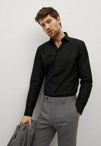 Mango - EMERITOL - Camicia elegante - schwarz - 0