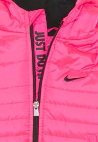 Nike Sportswear - GIRL CORE PADDED - Winter jacket - hyper pink - 2