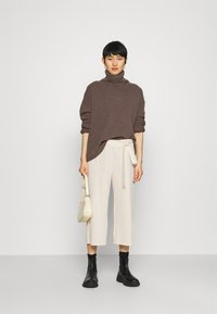 Lounge Nine - LNCYRILLE  - Trousers - moonstruck - 1