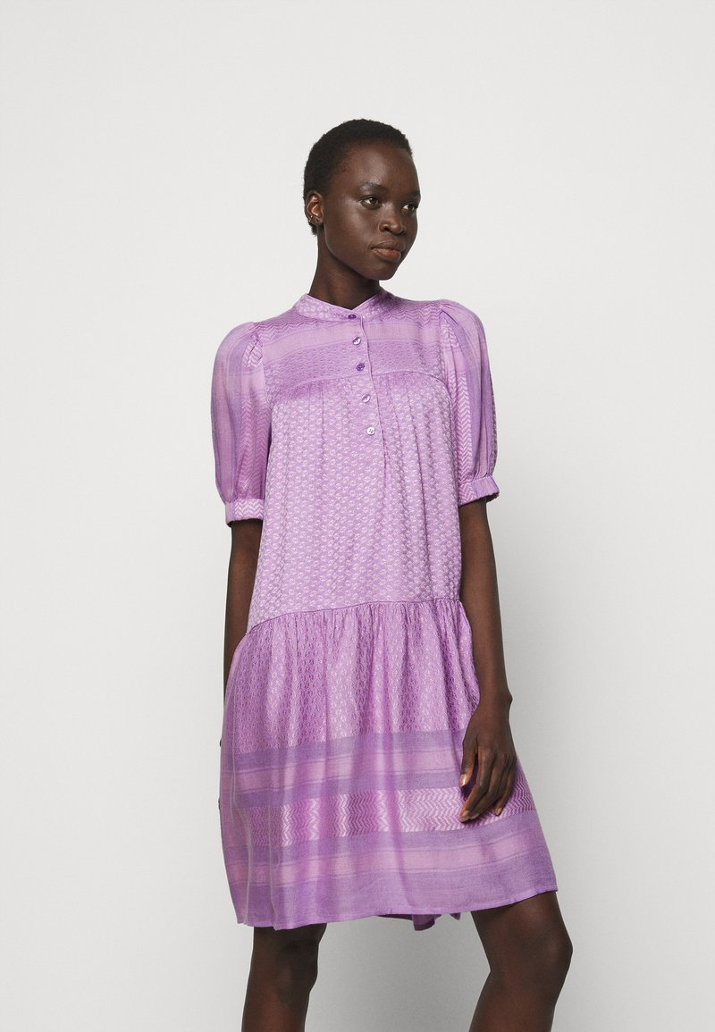 CECILIE copenhagen - LOLITA - Shirt dress - violette