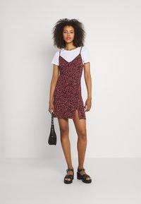 Even&Odd - 2 PACK - Sukienka z dżerseju - black/multi-coloured - 0