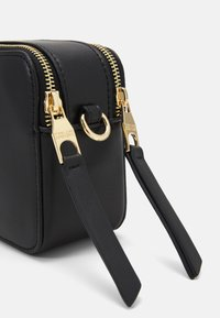 Versace Jeans Couture - THELMA CAMERA BAG - Across body bag - nero - 4