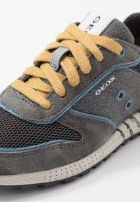 Geox - ALBEN BOY - Trainers - grey/dark yellow - 2