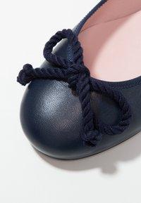 Pretty Ballerinas - Klassischer  Ballerina - navy blu - 2
