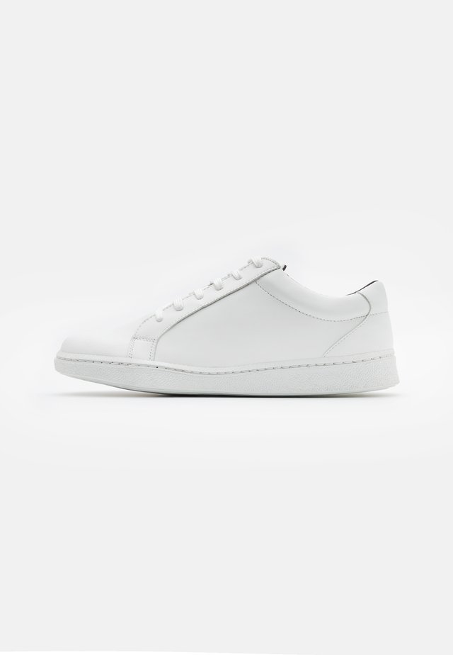 BASIC VEGAN - Sneakers - white