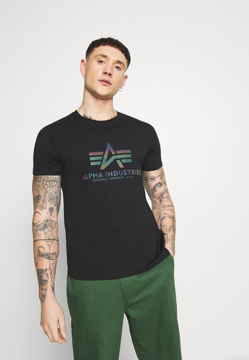 Alpha Industries - BASIC - T-shirt z nadrukiem - black