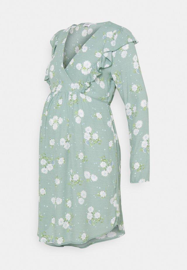 CROSS FRONT BABYDOLL DRESS - Korte jurk - lush green