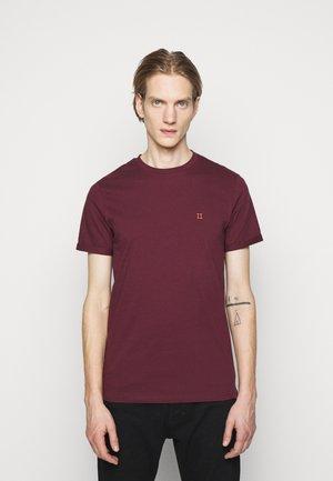 NØRREGAARD - T-Shirt basic - burgundy