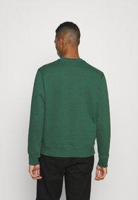 Nike Sportswear - RETRO CREW - Sweatshirt - noble green - 2