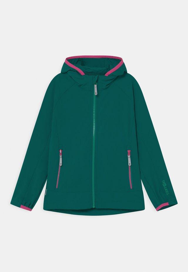 GIRLS KVALVIKA - Softshellová bunda - smaragd/pink