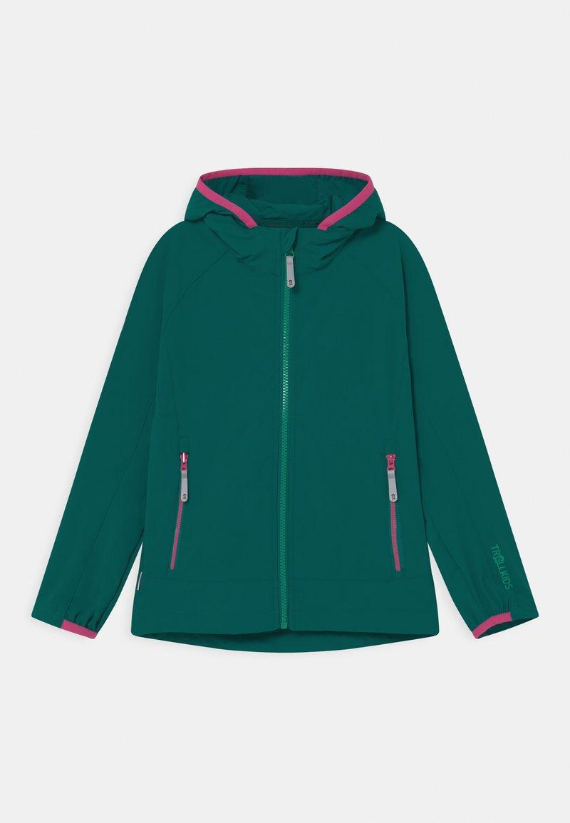 TrollKids - GIRLS KVALVIKA - Soft shell jacket - smaragd/pink