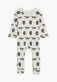 Tobias & The Bear - BABY THE FOX AND THE BEAR LONG ROMPER - Pyjamas - pale stone - 3