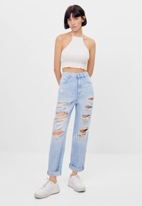 Bershka - MOM MIT RISSEN - Jeans Relaxed Fit - blue - 1