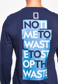 National Geographic - MIT PRINT - Long sleeved top - navy - 3
