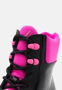 Joshua Sanders - VELAR BOOT  - Botines con plataforma - black - 4