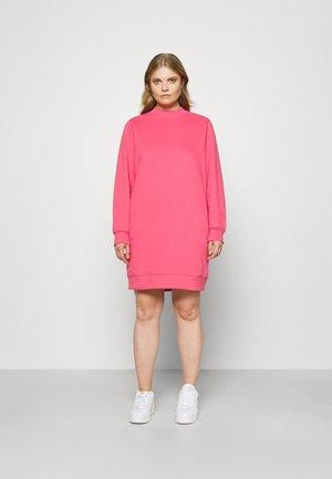 DRESS - Day dress - carmine