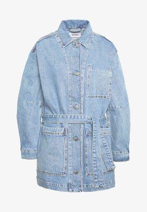 CLAY WORKER JACKET - Krátký kabát - pen blue