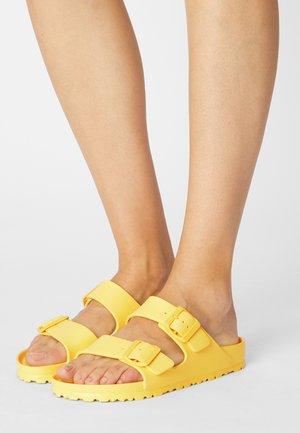 ARIZONA  - Sandales de bain - vibrant yellow