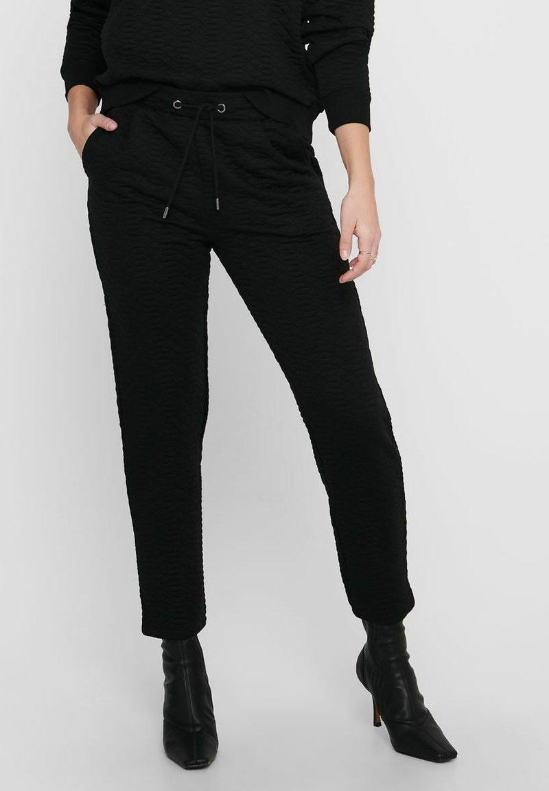 ONLY - STEPP - Tracksuit bottoms - black