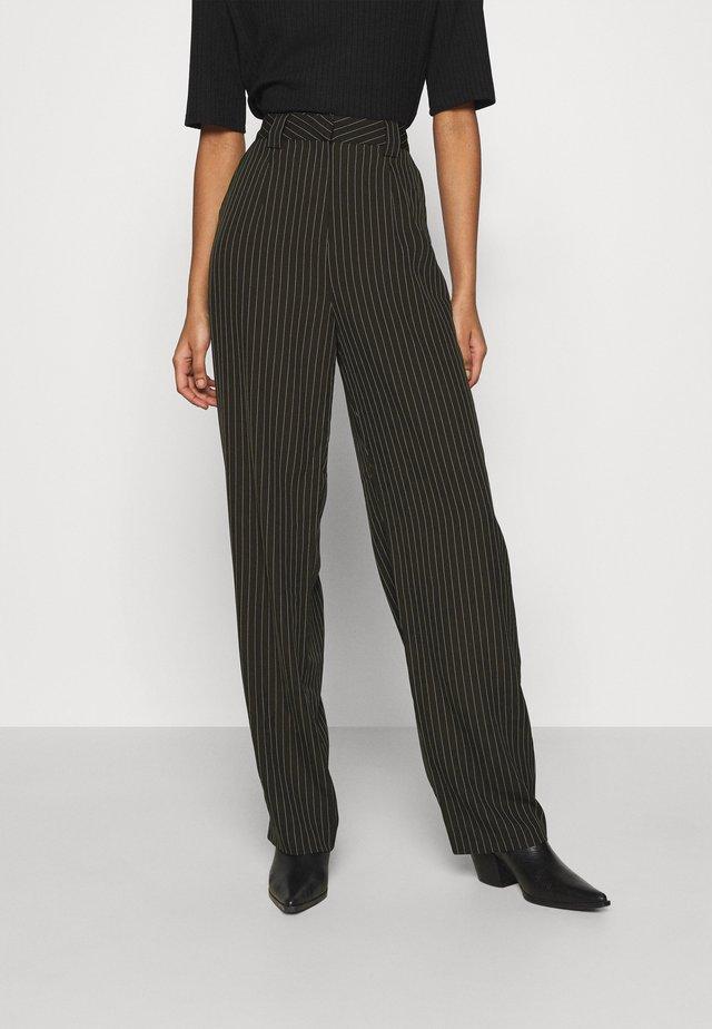 STRIPED PANTS - Pantaloni - black/white