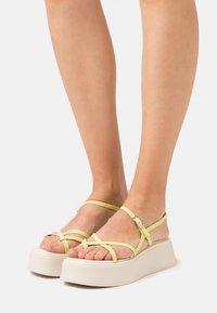 Vagabond - COURTNEY - T-bar sandals - lemon - 0