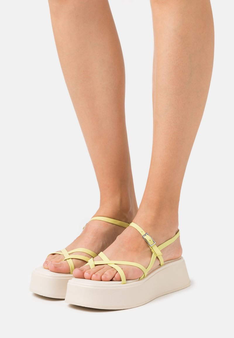 Vagabond - COURTNEY - T-bar sandals - lemon