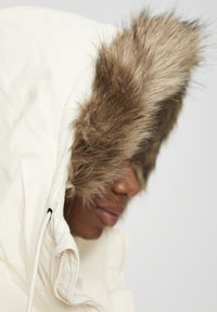 PULL&BEAR - Winter coat - white - 5
