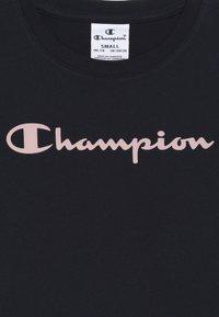 Champion - BASIC BLOCK CREWNECK  - T-shirt imprimé - dark blue - 2