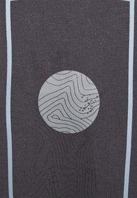 Icepeak - ABSECON - Print T-shirt - granite - 5