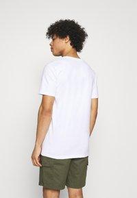 Quiksilver - MYSTIC SUNSET - Print T-shirt - white - 2