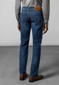 Baldessarini - 5-POCKET JACK - Straight leg jeans - blue fashion - 2