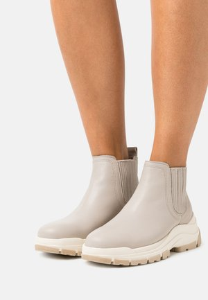 MAIA  - Ankle boots - taupe
