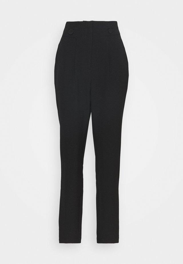 HIGH WAIST BUTTON DETAIL TROUSER - Pantalon classique - black