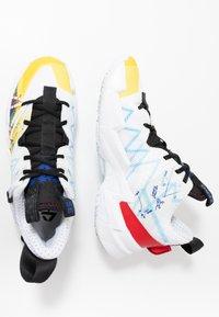 Jordan - WHY NOT SE - Basketball shoes - white/university red/black/hyper blue/lightening/blue glow - 1