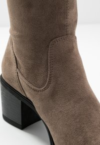 Anna Field - Botas mosqueteras - taupe - 2